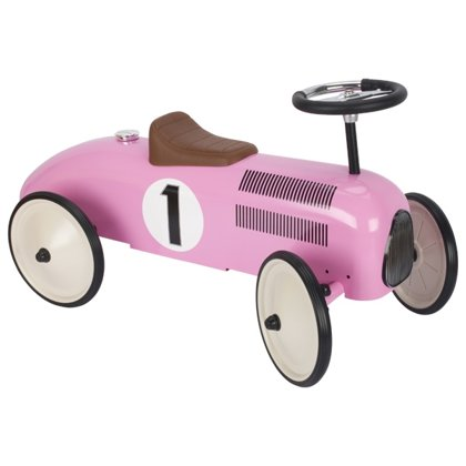 Ride-on vehicle pink